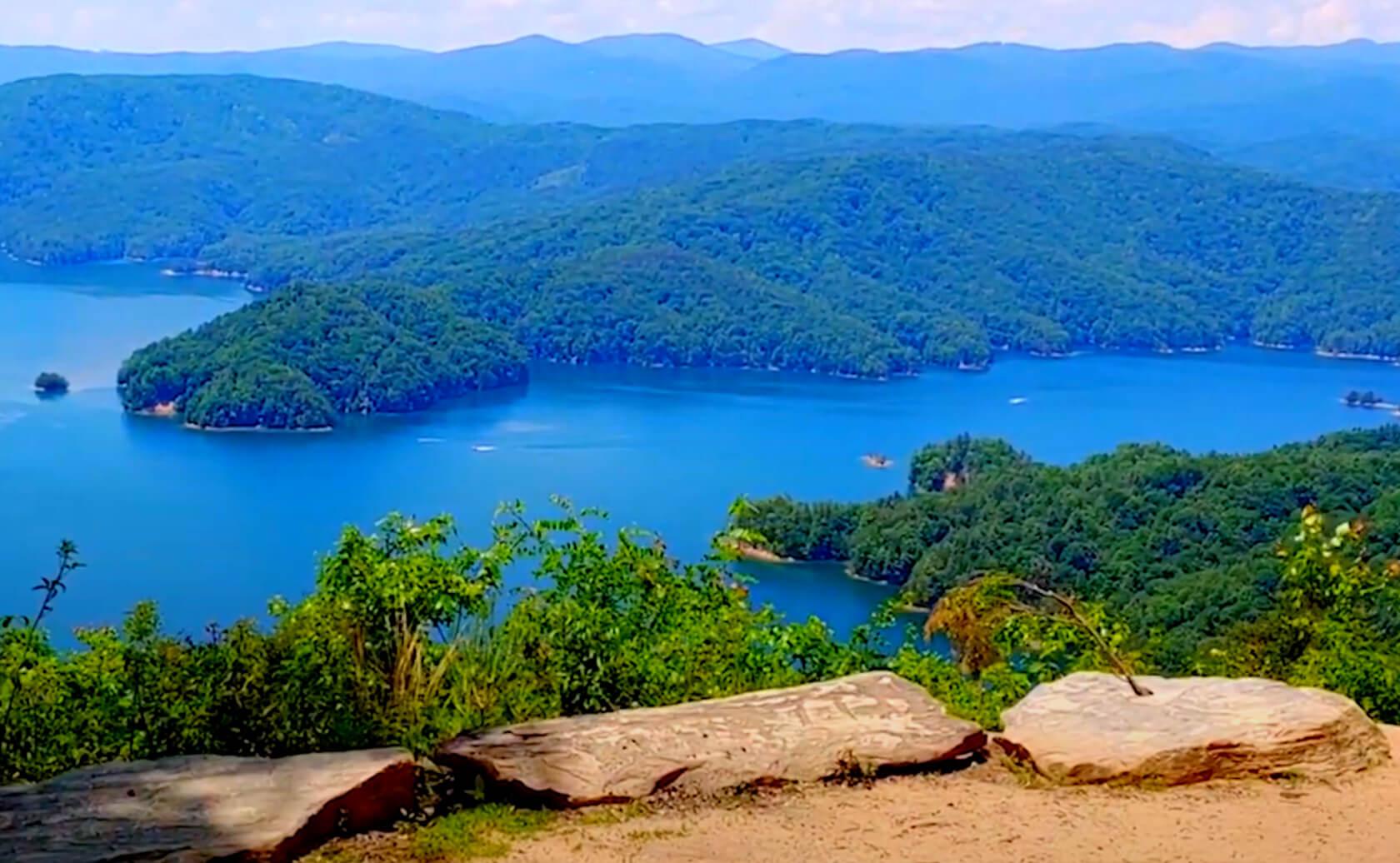 Jocassee-Lake-Fishing-Guide-Report-South-Carolina-02