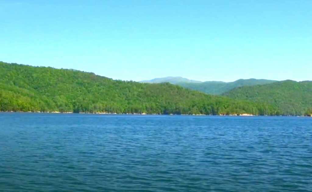 Jocassee-Lake-Fishing-Guide-Report-South-Carolina-09