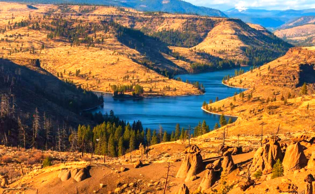 Lake-Billy-Chinook-Lake-Fishing-Report-Guide-Oregon-06