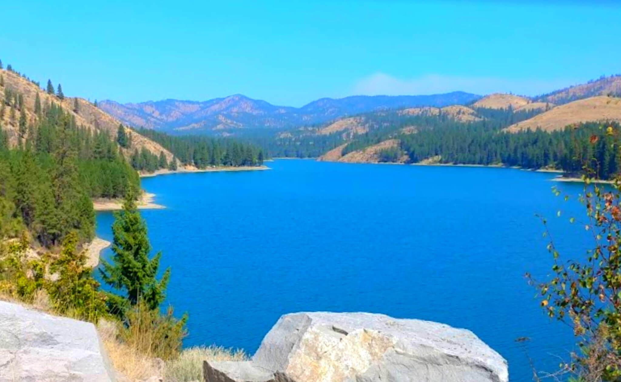 Roosevelt-Lake-Fishing-Report-Guide-Washington-WA-03
