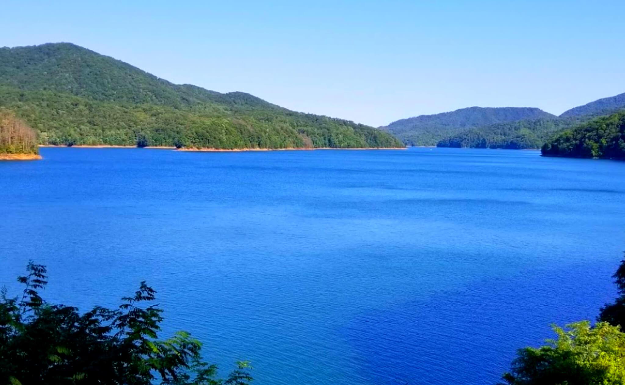 Fontana-Lake-Fishing-Report-Guide-North-Carolina-NC-01